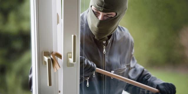 Consejos para no sufrir robos desde Conil